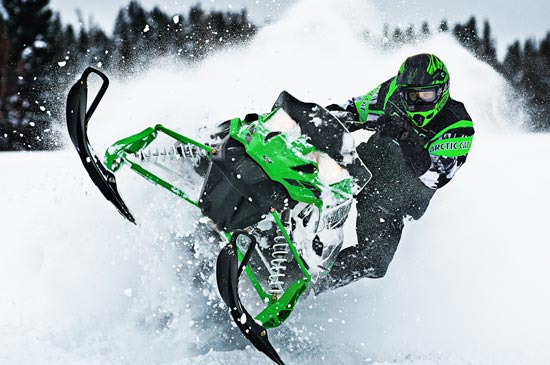 The gallery for --> Arctic Cat Snowmobiles Jumping