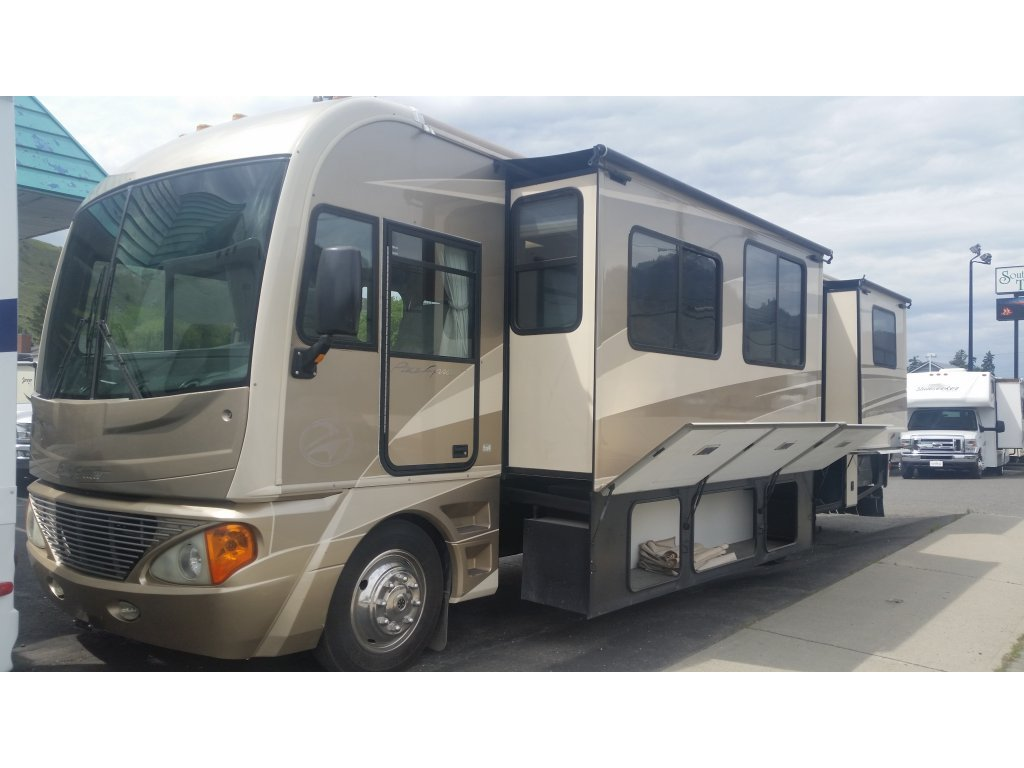 Excellent GMC G3500 Protection Motorhome  119km For Sale In Kamloops British